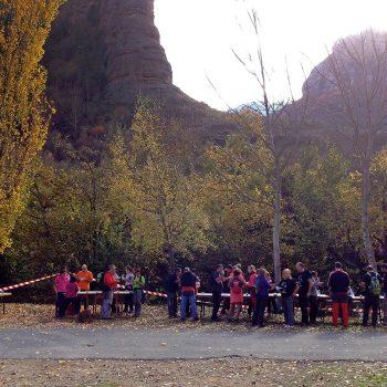 El almuerzo fue muy bien recibido por los participantes de la marcha.