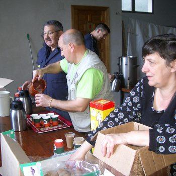 La organización también ofreció un café calentito para entonarse antes de iniciar la marcha.
